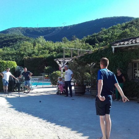 Camping La Poche : Jeu De Boules