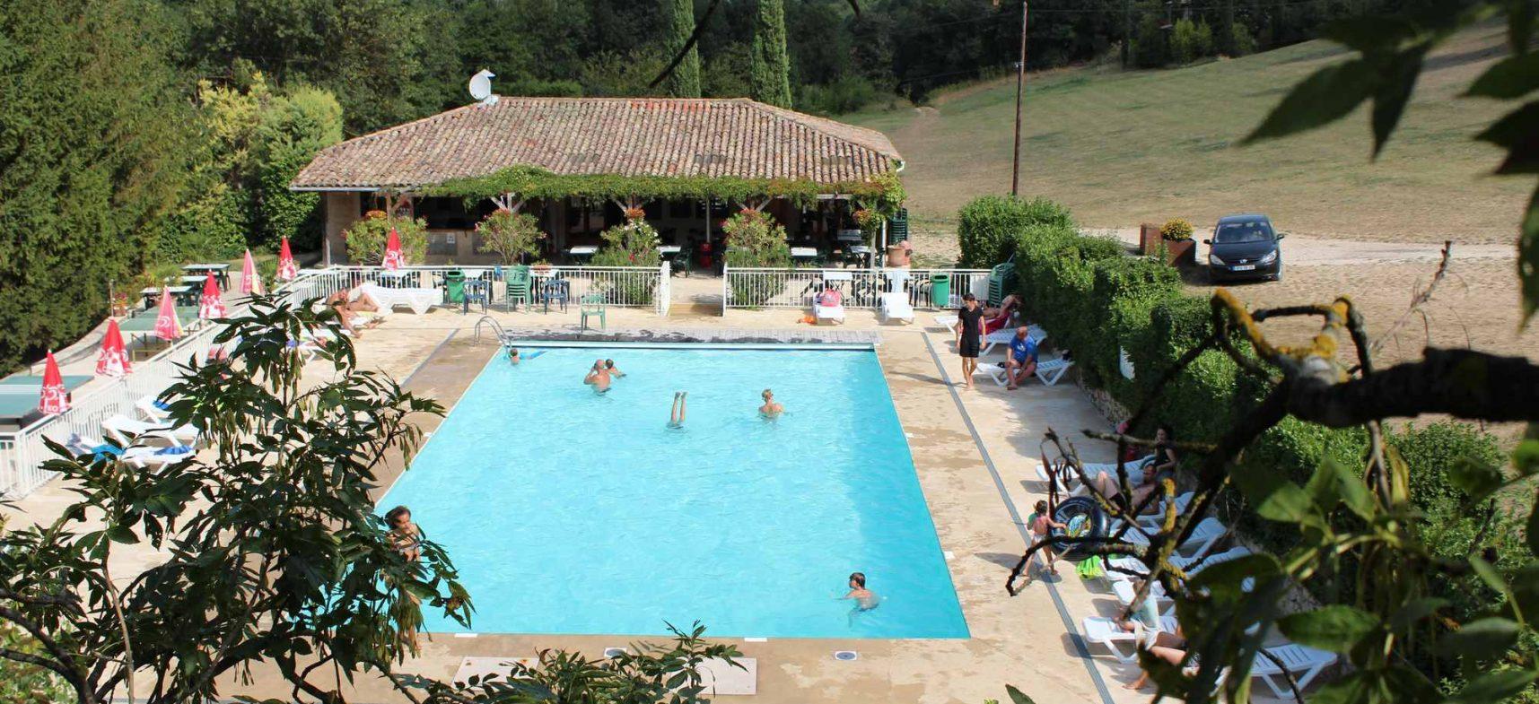 Camping La Poche : Piscine7